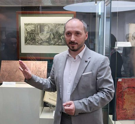 Museum lesson dedicated to engravings
